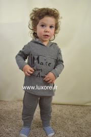 Ensemble survêtement sweat à capuche gris